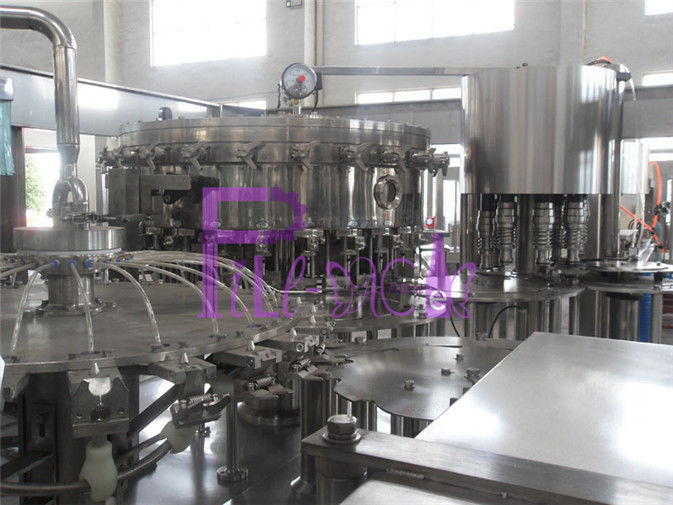 Automatic 8000BPH Plastic Soft Drink Filling Line For Carbonated Drinks