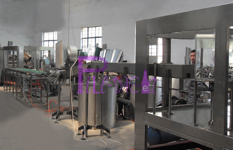 Roller Type PET Bottle Sorting Machine For Carbonated Soft Drink / Juice